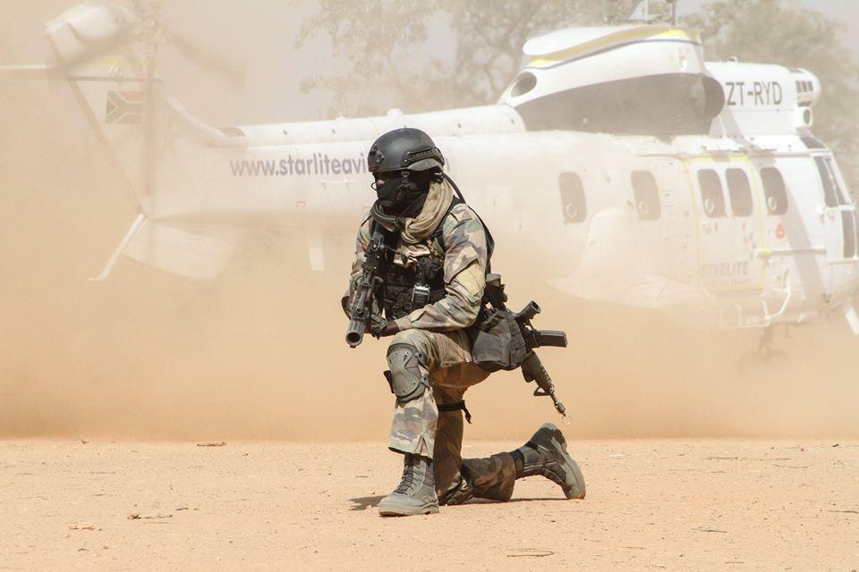 Armée Sénégalaise - Page 10 00b930
