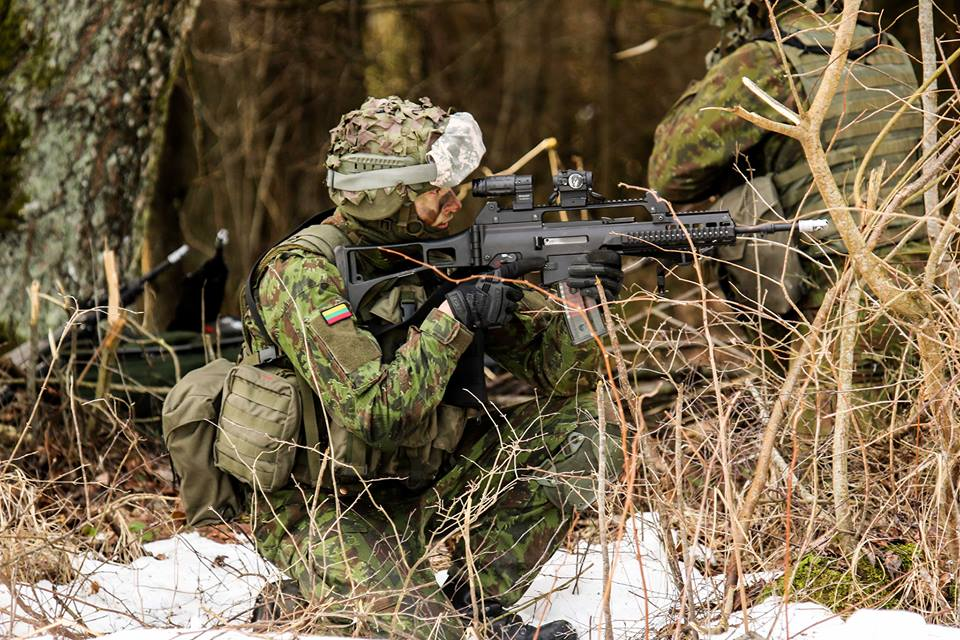 Armée lituanienne/Lithuanian Armed Forces - Page 6 00b9a14