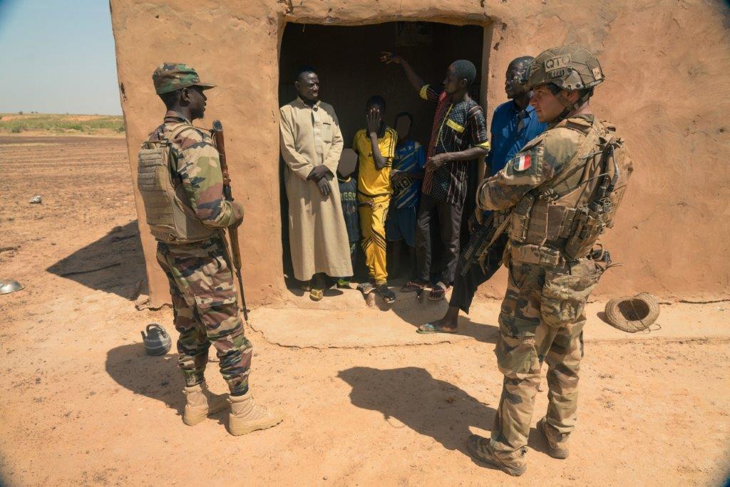 le Sahel zone de non-droit - Page 35 1091