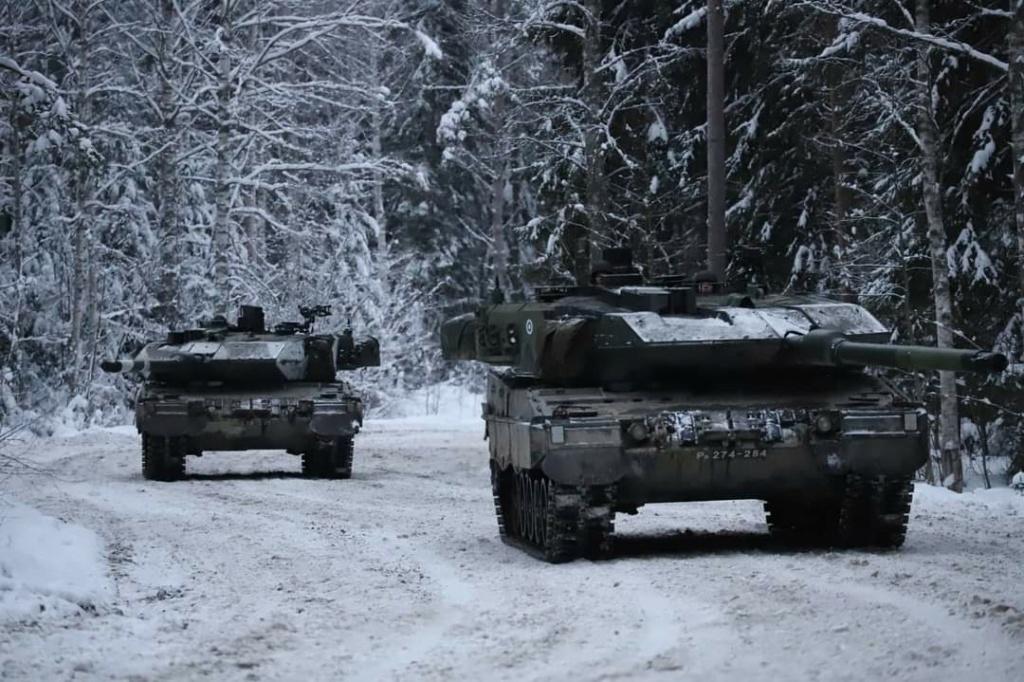 Armée Finlandaise / Finnish Defence Forces / puolustusvoimat - Page 11 10a112