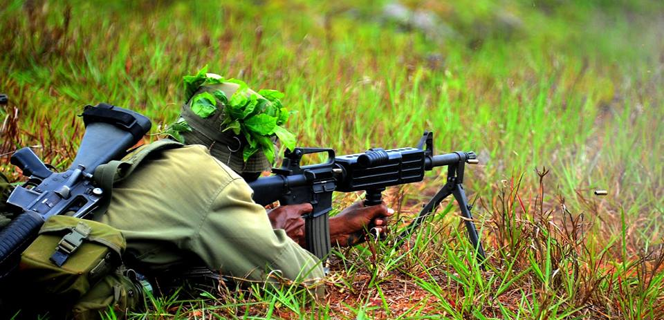 Les Forces militaires de la République des Fidji  /Republic of Fiji Military Forces (RFMF) 10a41