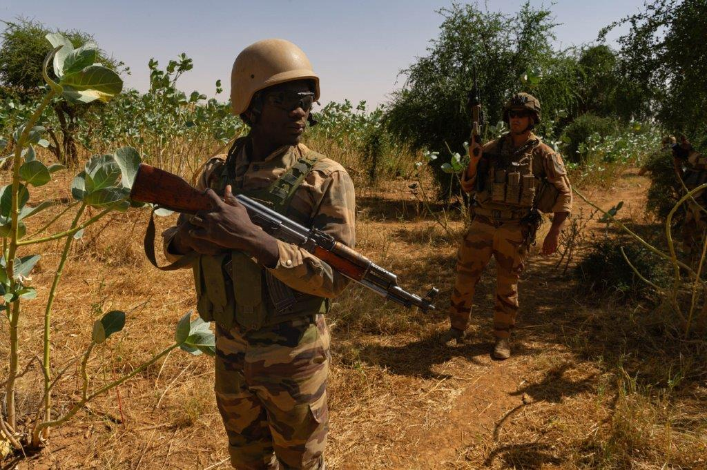 le Sahel zone de non-droit - Page 35 10a78