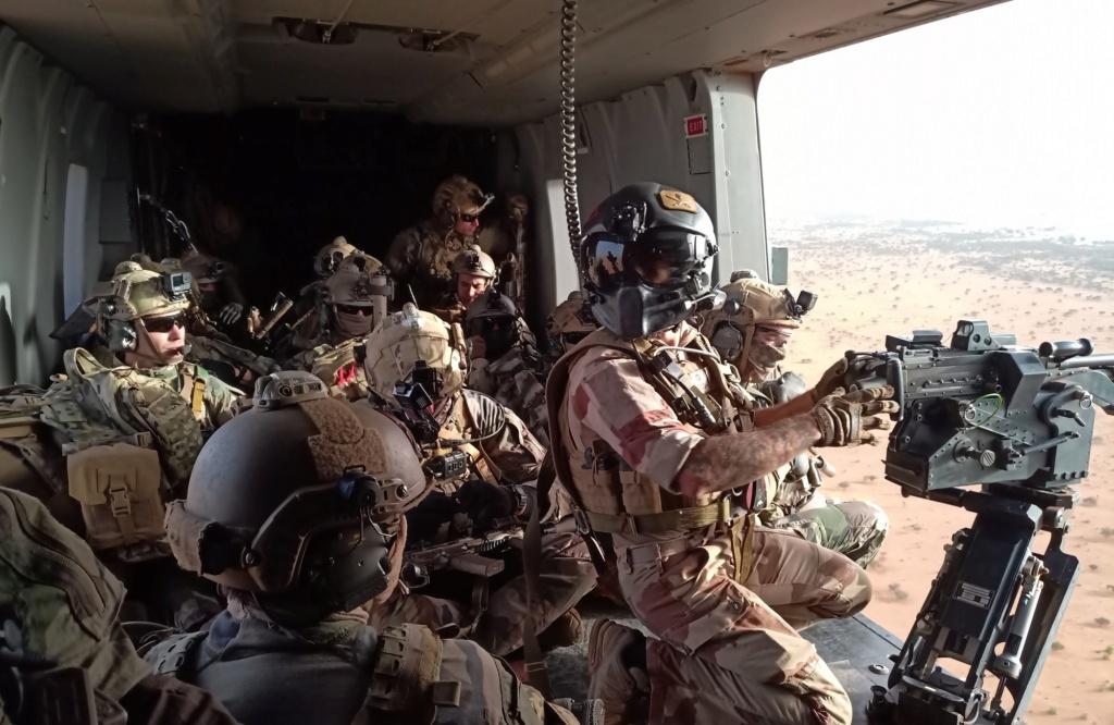 Intervention militaire au Mali - Opération Serval - Page 26 11128