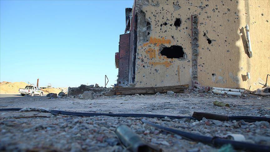Conflit armé en Libye - Page 15 1164