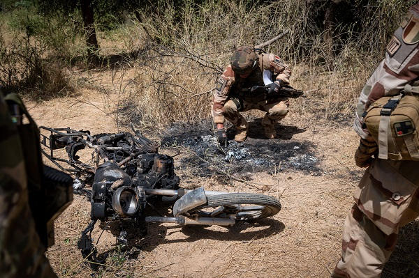 Intervention militaire au Mali - Opération Serval - Page 19 11a20