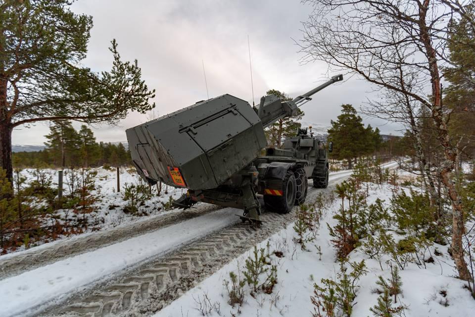 Swedish Armed Forces/Försvarsmakten - Page 13 11f12