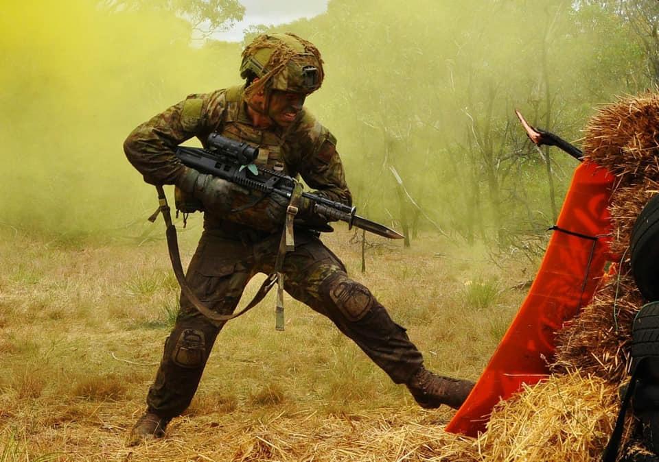 Armée Australienne/Australian Defence Force (ADF) - Page 3 13a1039