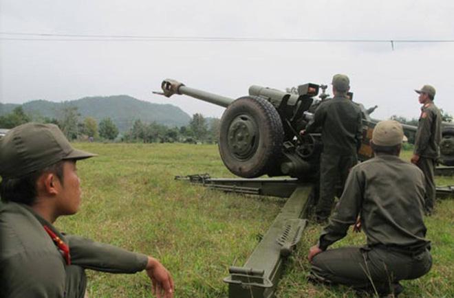 L'Armée populaire lao / forces armées du Laos 13a1049