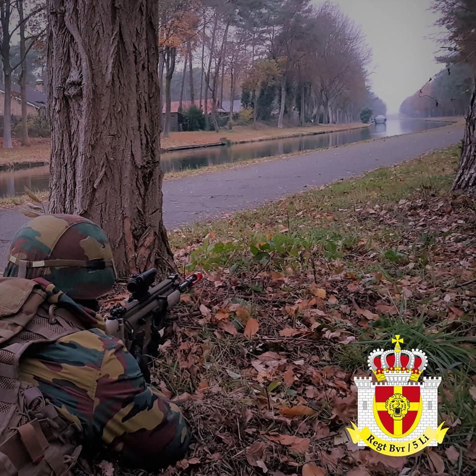 Armée Belge / Defensie van België / Belgian Army  - Page 19 13a1073