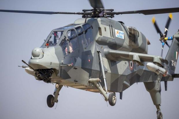 Hélicoptères de combats - Page 8 13a10b46