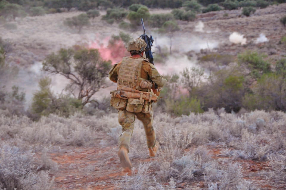 Armée Australienne/Australian Defence Force (ADF) - Page 3 13a10c33