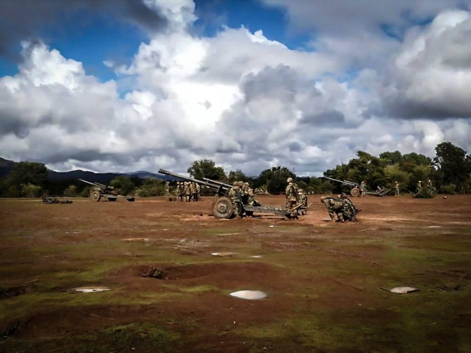 Armée Chilienne / Chile's armed forces / Fuerzas Armadas de Chile - Page 14 13a10d63