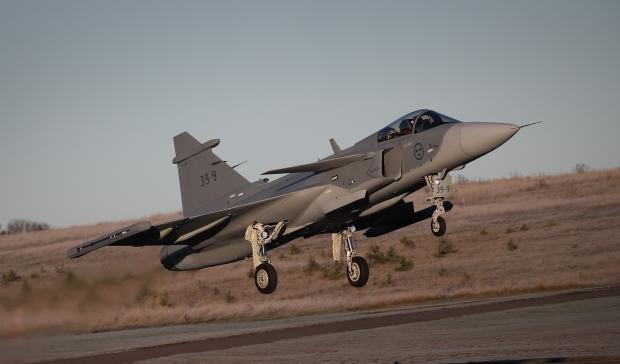 Saab: présentation du futur Gripen - Page 3 13a9b13