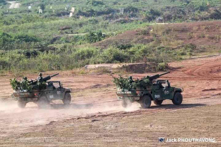L'Armée populaire lao / forces armées du Laos 1426