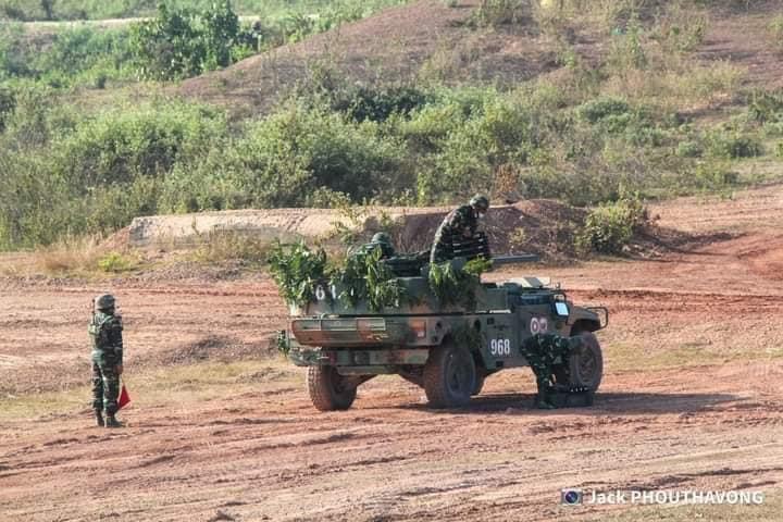 L'Armée populaire lao / forces armées du Laos 14a23