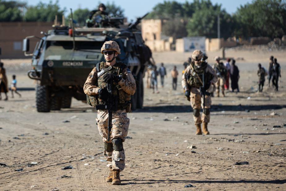 Intervention militaire au Mali - Opération Serval - Page 27 15c22