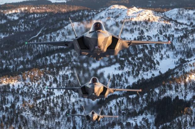 JSF F-35 Lightning II - Page 40 22242210