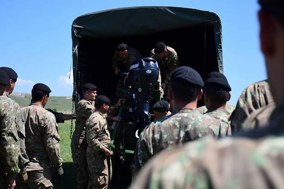 Armée Roumaine/Romanian Armed Forces/Forţele Armate Române - Page 11 2712