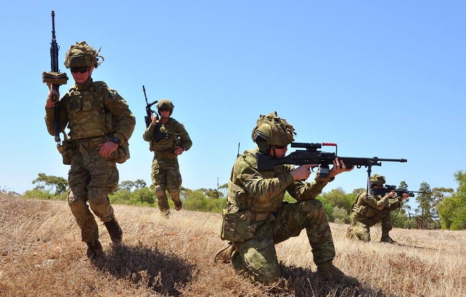 Armée Australienne/Australian Defence Force (ADF) - Page 43 2d10