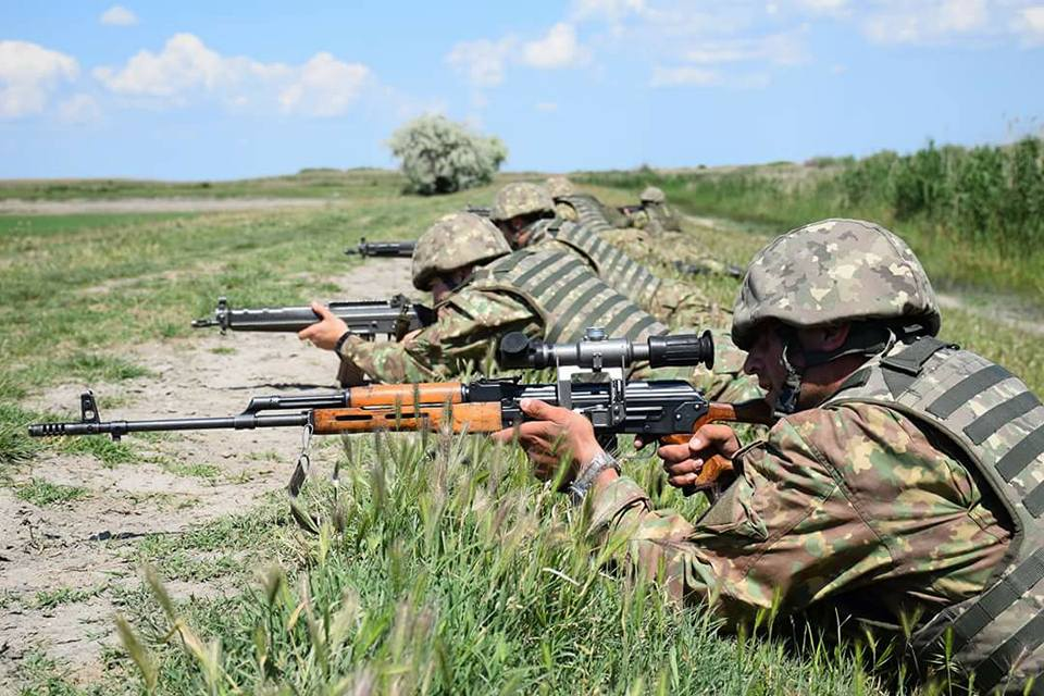 Armée Roumaine/Romanian Armed Forces/Forţele Armate Române - Page 11 3113