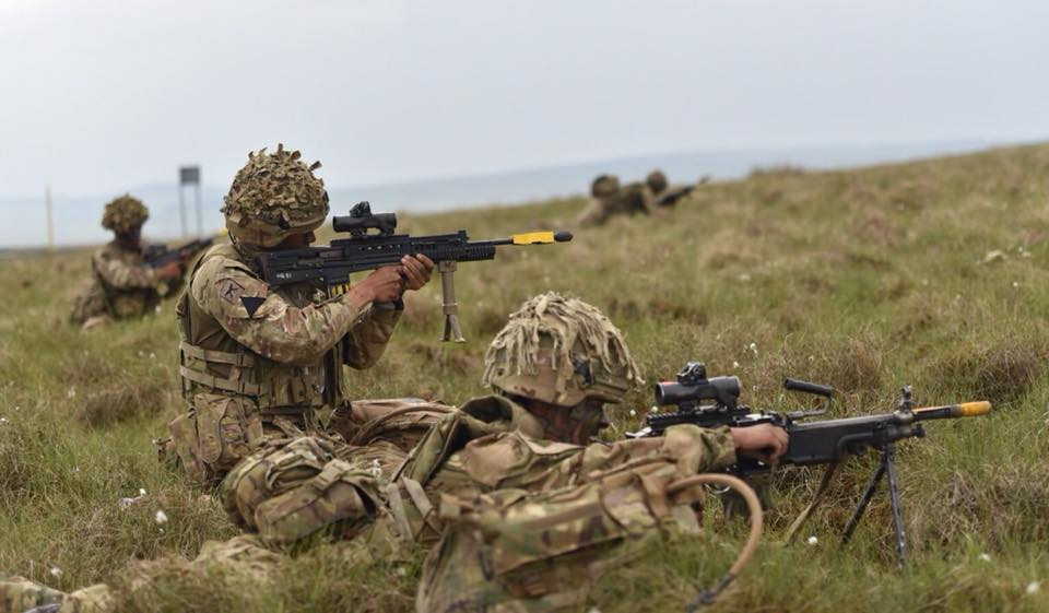 Armée Britannique/British Armed Forces - Page 10 3210