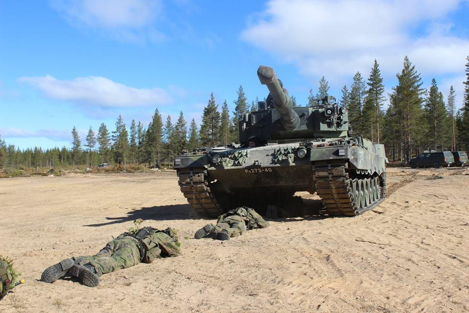Armée Finlandaise / Finnish Defence Forces / puolustusvoimat - Page 9 3232