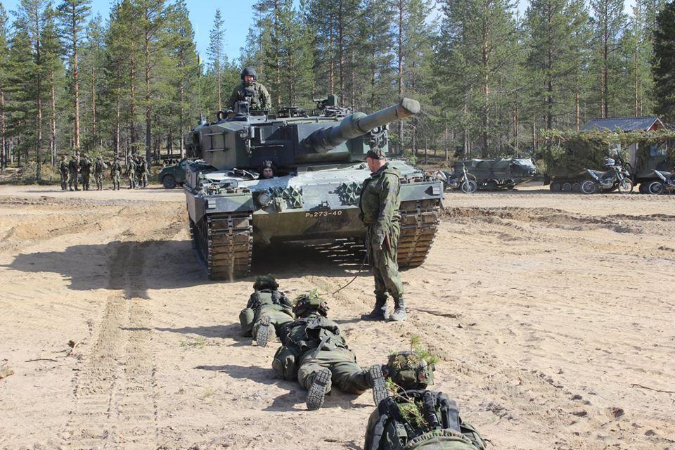Armée Finlandaise / Finnish Defence Forces / puolustusvoimat - Page 9 3330