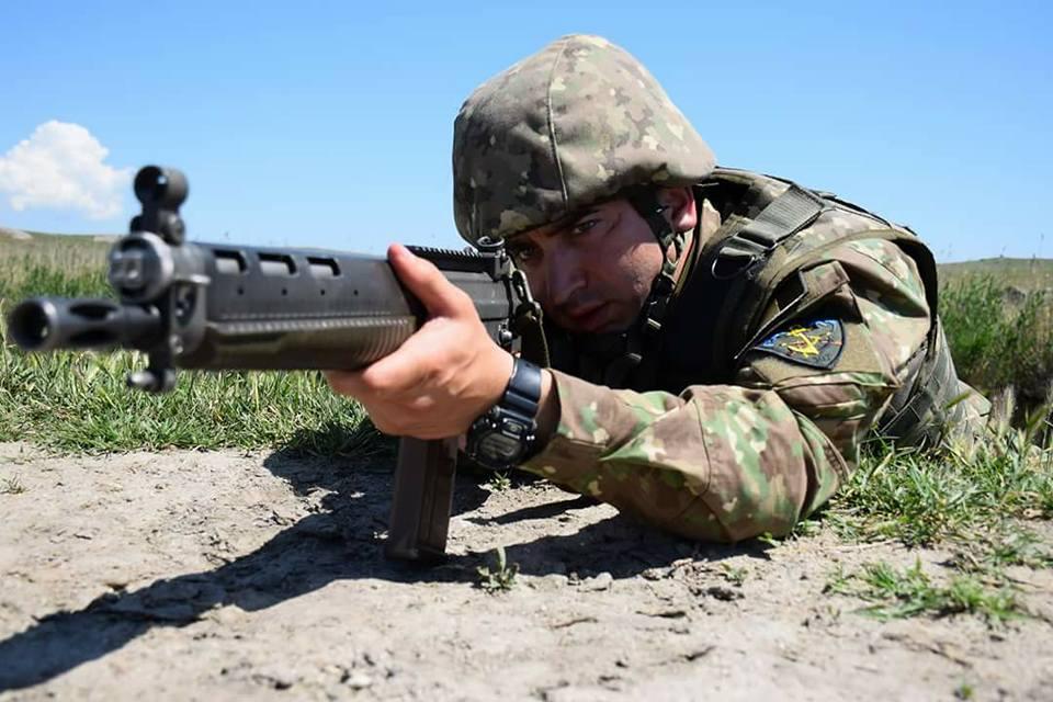 Armée Roumaine/Romanian Armed Forces/Forţele Armate Române - Page 11 3414