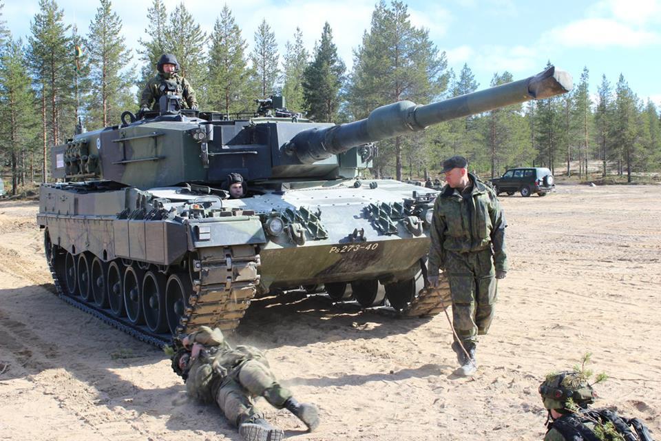 Armée Finlandaise / Finnish Defence Forces / puolustusvoimat - Page 9 3430