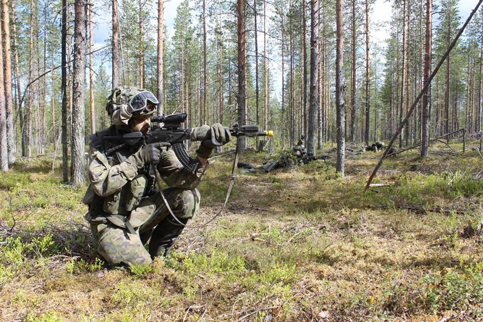 Armée Finlandaise / Finnish Defence Forces / puolustusvoimat - Page 9 3718
