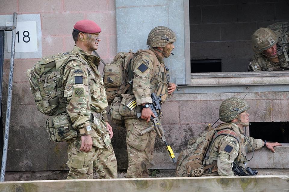 Armée Britannique/British Armed Forces - Page 10 3916