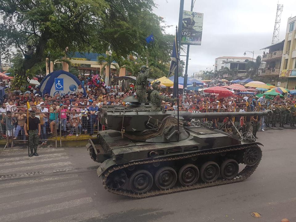 Armée Equatorienne/Fuerzas Armadas del Ecuador - Page 6 3b25