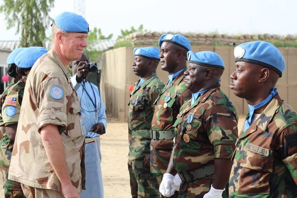 Les Forces Armées du Libéria / Armed Forces of Liberia ( AFL ) 415