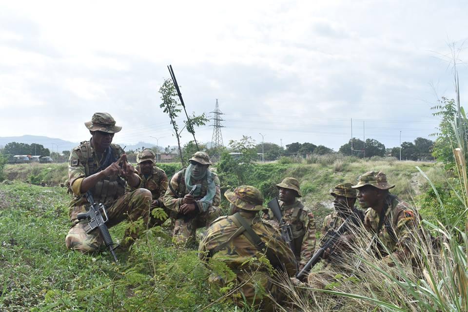 Force de défense de Papouasie Nouvelle-Guinée  / Papua New Guinea Defence Force (PNGDF) 416