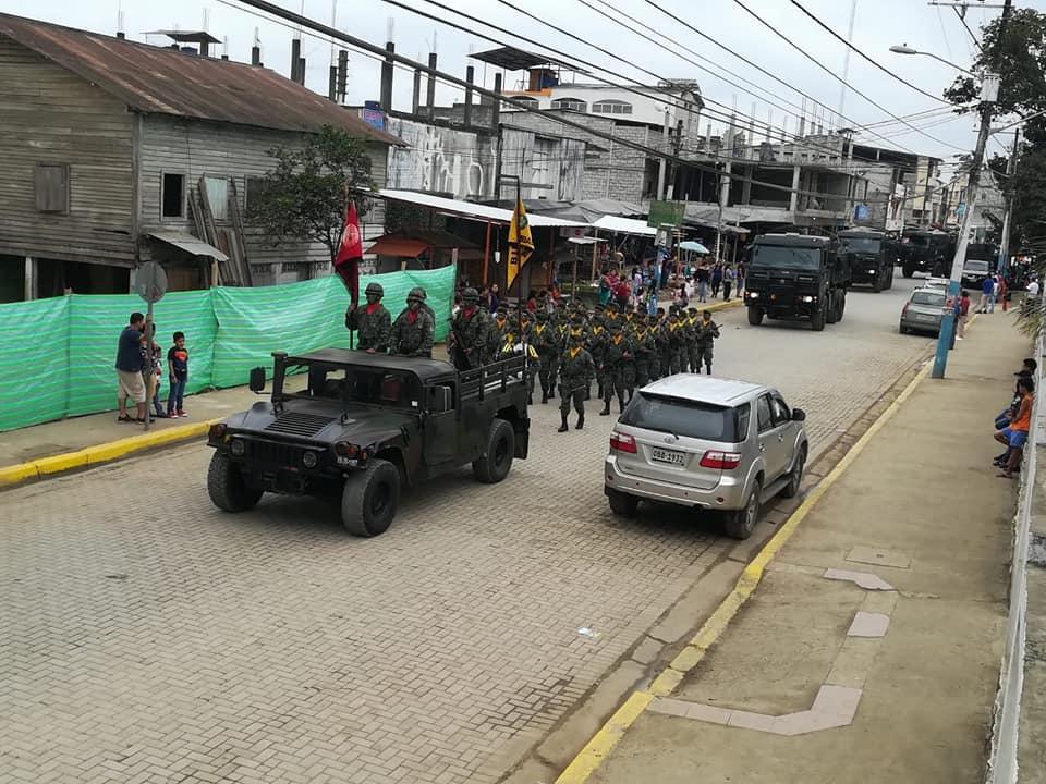 Armée Equatorienne/Fuerzas Armadas del Ecuador - Page 5 4276