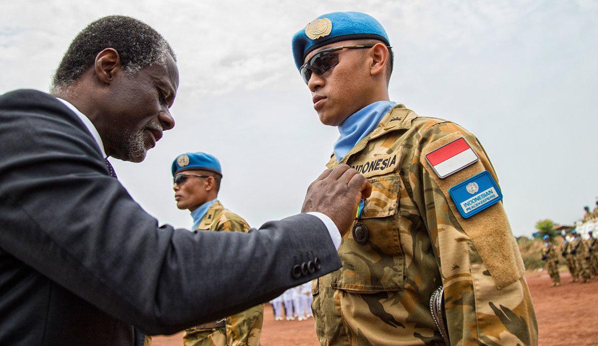 Intervention militaire en Centrafrique - Opération Sangaris - Page 38 4297