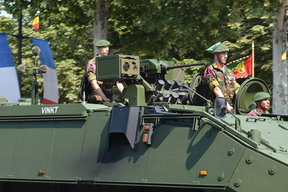 Armée Belge / Defensie van België / Belgian Army  - Page 17 4370