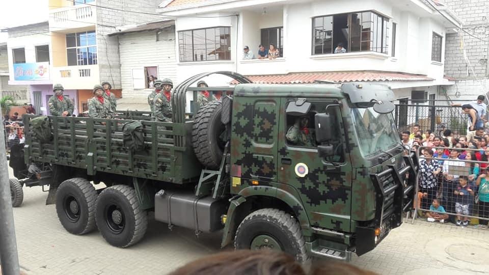Armée Equatorienne/Fuerzas Armadas del Ecuador - Page 5 4371