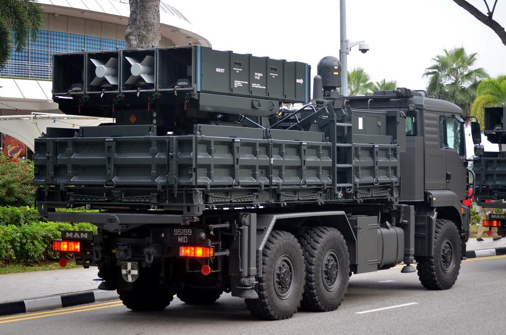 Forces armées de Singapour/Singapore Armed Forces (SAF) - Page 12 4436