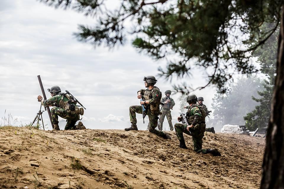 Forças Armadas Portuguesas/Portuguese Armed Forces - Page 10 4445