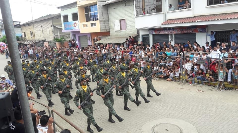 Armée Equatorienne/Fuerzas Armadas del Ecuador - Page 5 4474