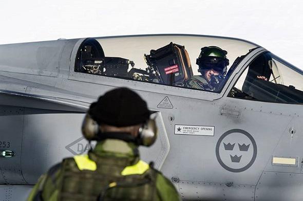 Swedish Armed Forces/Försvarsmakten - Page 13 44c31