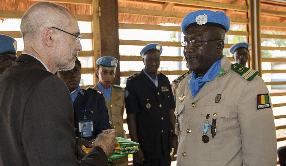 Intervention militaire en Centrafrique - Opération Sangaris - Page 38 4595