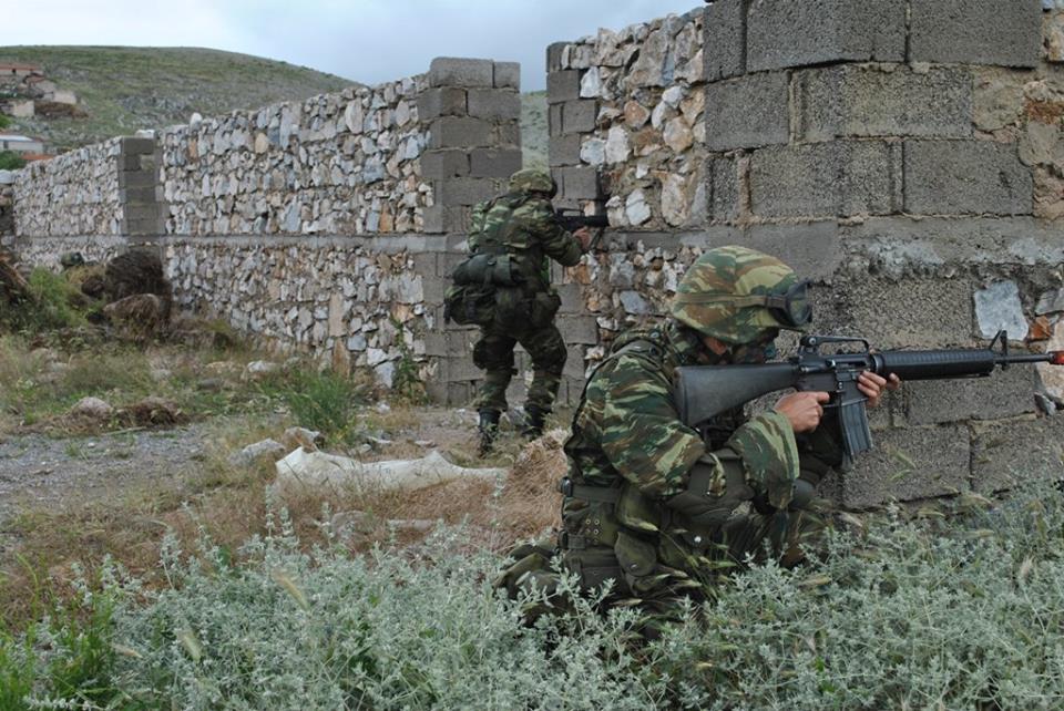 Forces armées grecques/Hellenic Armed Forces - Page 29 4726