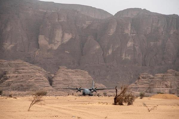 le Sahel zone de non-droit - Page 26 47b14