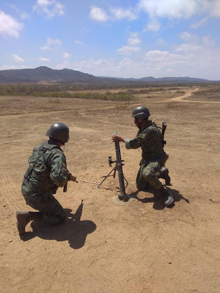 Armée Equatorienne/Fuerzas Armadas del Ecuador - Page 5 4840