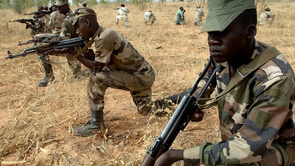 le Sahel zone de non-droit - Page 26 4859