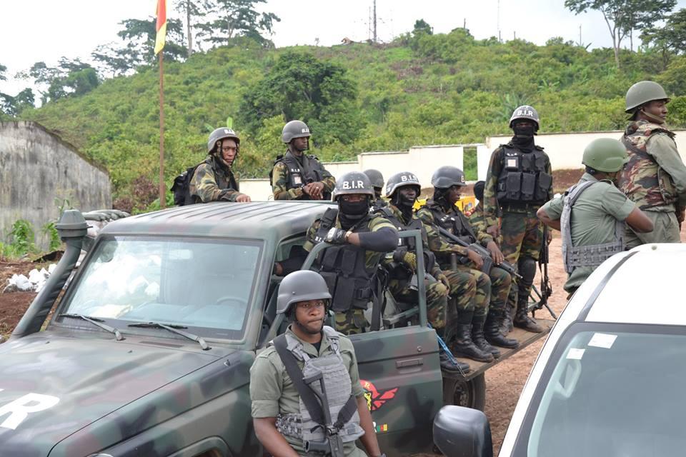 Forces Armées Camerounaises - Page 7 48a14