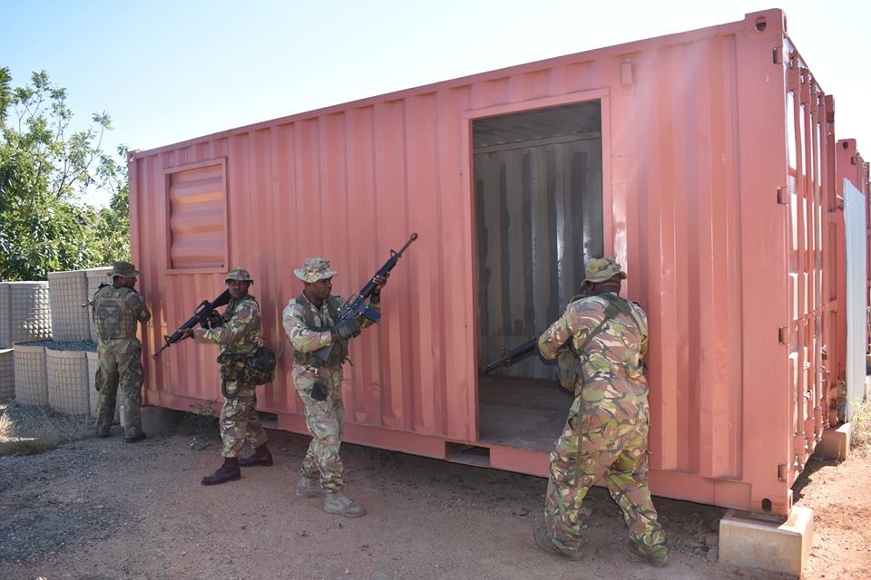 Force de défense de Papouasie Nouvelle-Guinée  / Papua New Guinea Defence Force (PNGDF) 48a19
