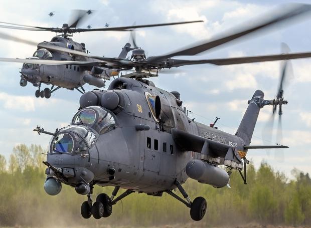 Hélicoptères de combats - Page 8 48c22